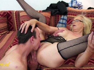 Cougar Shows ToyBoy A Good Time By fucking Him Hard And Sucking Him Dry