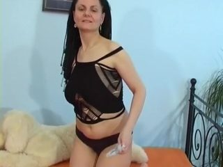 Amateur Mature Love To Suck Fuck And Cum