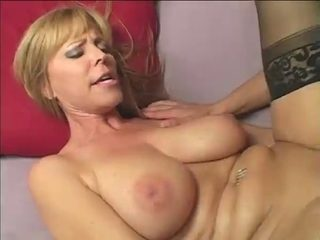Sexually Excited Housewife Nicole Moore's Cum-Hole Needs A Dicking