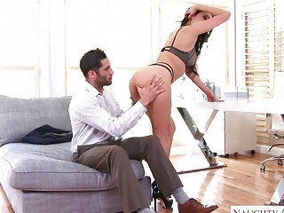 Tempting black-haired cougar gives a oral job before a tough fucking