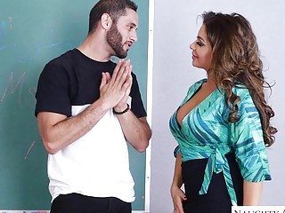 Brunette professor fucks her student as he needs extra credit