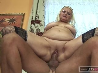 Voluptuous GILF Banged by a BBC