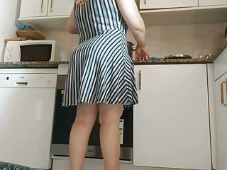 spy sexy hot marocan mom in kitchen