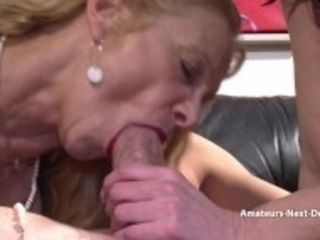 """""""Amateur duo have a 3some with mature helper"""""""