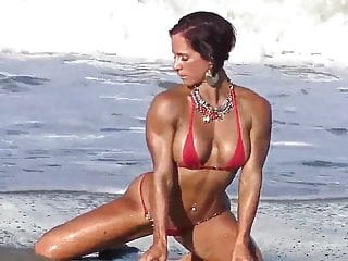 Tanned and Sultry Fitness Mom Toni Andra 4