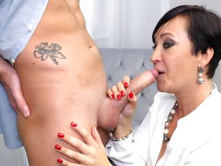 Experienced Mature Can Deal With Two Dicks At A Time
