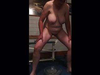 Jacqueline quill Aus Pissing