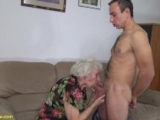 """91 years old mom deep banged"""