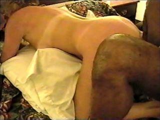 Blonde4blacks in motel fucking and sucking two Black men