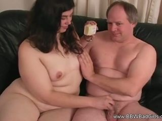 Pretty BBW provide A Pretty good Handjob for Mature Guy