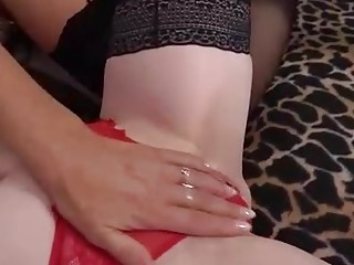 Kinky matures are pleasing each other in front of the camera and moaning while doing it
