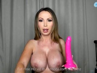 'Nikki Benz Mature Big Tit Hottie Masturbates on webcam'
