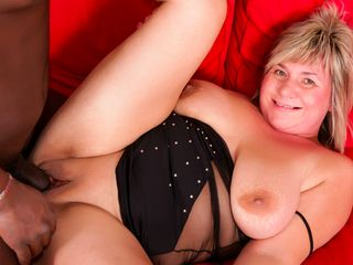 Mature PLUS-SIZE is prepped for that gigantic ebony fuck-stick